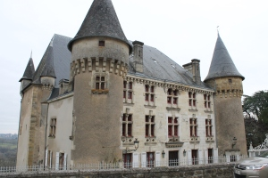 Thiviers Chateau